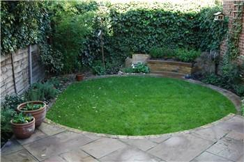 Breeze Garden Design Small back garden design with a circular